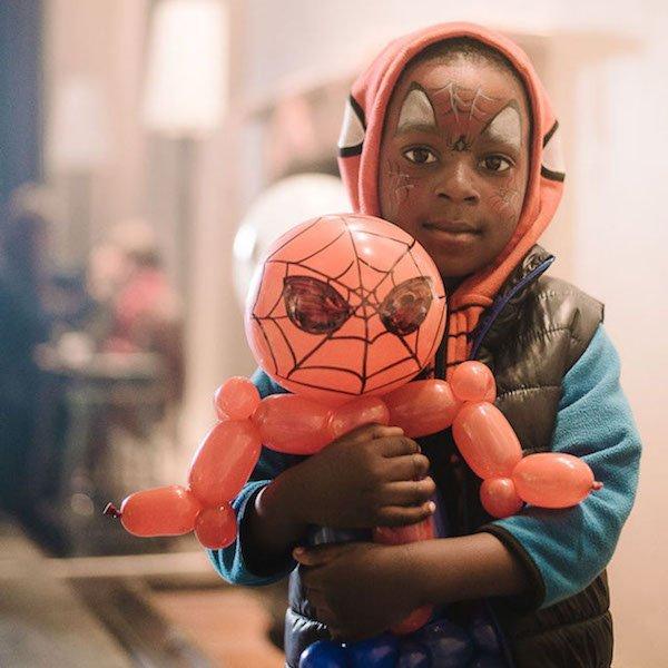 Balloon Artist Cape Town Bazinga